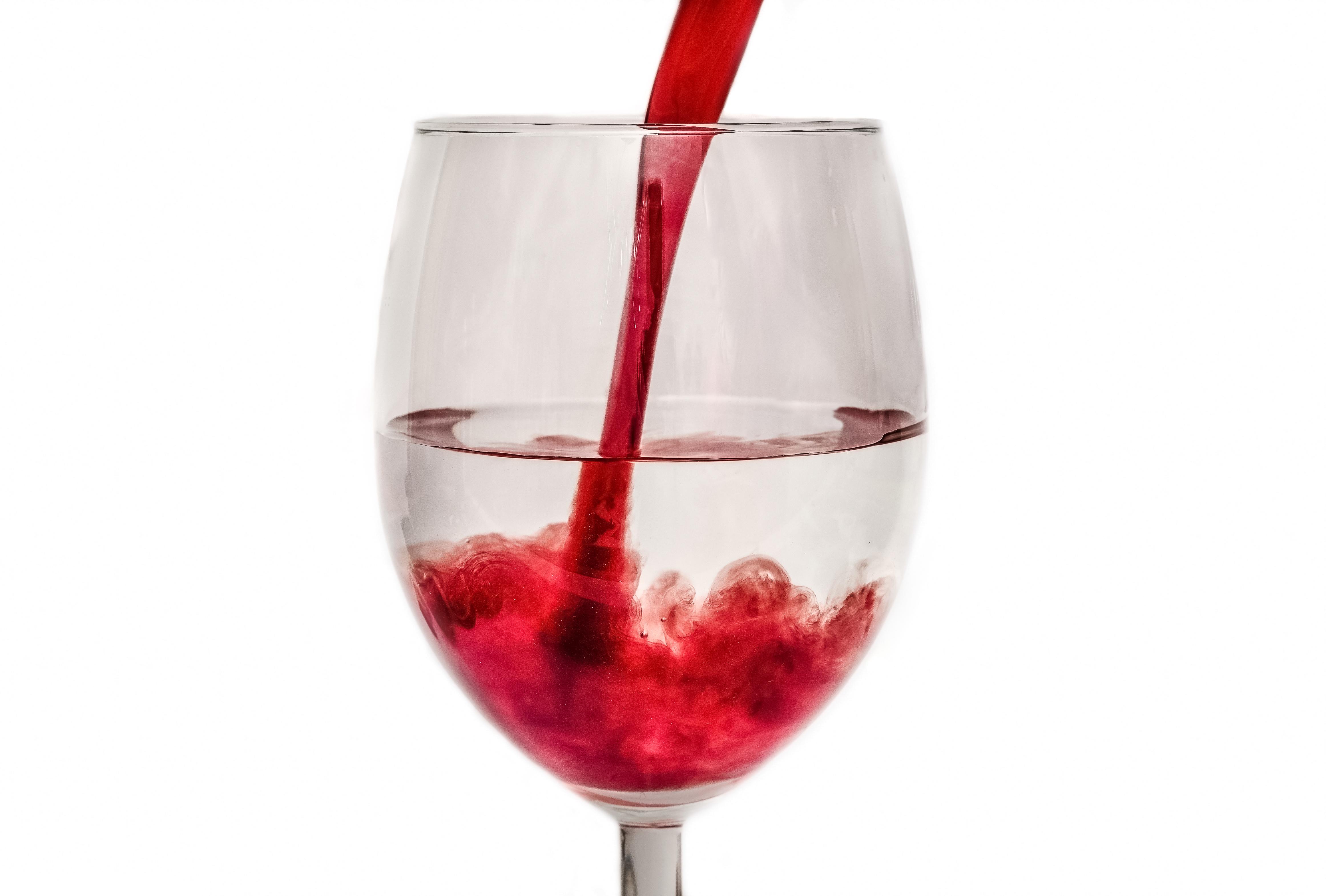 water in wijn veranderen